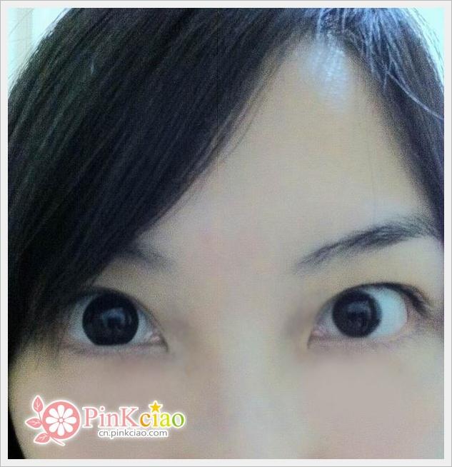 小S巨目黑瞳